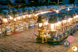 Tausender dieser Starklichtlampen erleuchten den Rixdorfer Weihnachtsmarkt