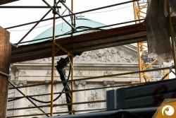 Ein Blick auf die St. Hedwigs Kathedrale gegenüber | Staatsoper Berlin