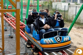 2017-09-26-ZEIDie Realität neu erleben. Reale Achterbahnfahrt mit der Zeiss VR ONE plus   ZEISSfuture Days   Offensichtlich.de Berlin SSfuture-days-berlin-Impressionen-1200px09
