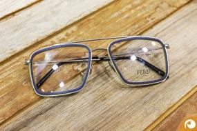Das neueste aus Italien: Schicke Titanbrillen mit Holzinlay | Offensichtlich.de Berlin
