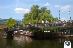 Brücke am Camden Lock Market - London